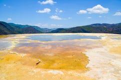 Termisk mineralisk vårHierve el Agua, Oaxaca, Mexico 19th Maj 2015 Arkivbilder