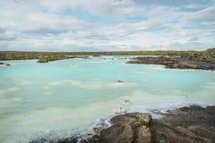 Termiska vårar med smaragdvatten iceland royaltyfri foto