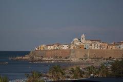 Termoli vila de beira-mar de Molise, Campobasso Itália fotografia de stock