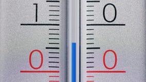 Termometr pokazuje temperatura nad wyceluje wewnątrz stopnie Celsius obraz royalty free