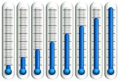 Termometro con liquido blu Immagini Stock