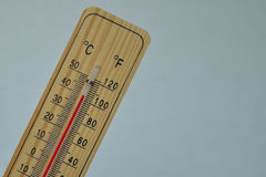 Termometro di legno di Mercury Immagine Stock