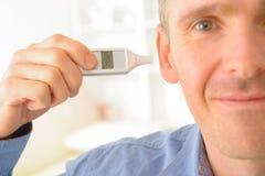 Termometro di orecchio Fotografia Stock Libera da Diritti
