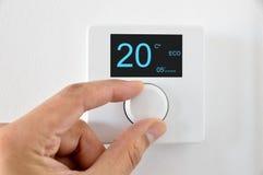 Termostato com ventilador e controle de temperatura imagem de stock royalty free