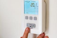 Termostato com ventilador e controle de temperatura Fotos de Stock Royalty Free