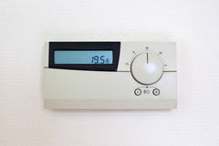Termostato de Digitas ajustado a 19,5 graus Célsio Foto de Stock Royalty Free