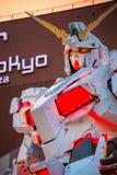 Terno móvel sem redução RX-0 Unicorn Gundam no mergulhador City Tokyo Plaza no Tóquio, Japão imagem de stock