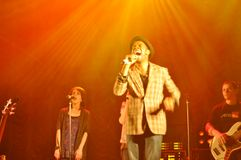 TERNOPIL, UCRAINA - 19 MAGGIO: Banda rock cristiana Fotografia Stock Libera da Diritti