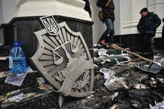 Ternopil UKRAINA - FEBRUARI 2014: Euromaidan rotation royaltyfri fotografi