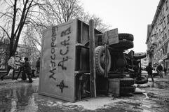 Ternopil UKRAINA - FEBRUARI 2014: Euromaidan rotation royaltyfri foto