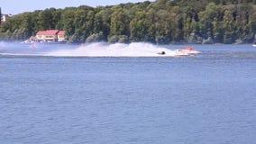 TERNOPIL UKRAINA, SIERPIEŃ, - 23: Przyśpiesza Łódkowatego Światowego mistrzostwo 2016, Sierpień 22-24, mężczyzna na WaveRunner zw zbiory wideo