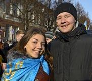 Ternopol. Ukraina. på december 4 2013. Ungdomarför suppo Arkivfoto