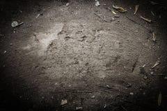 A terra é varrida com uma vassoura para o Cópia-espaço fotos de stock royalty free