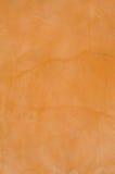 Terra alaranjado e branco - fundo da parede do cotta Imagens de Stock