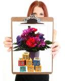 Terra arrendada da mulher nova mim Luv você desenho Imagens de Stock Royalty Free