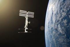 Terra azul do planeta Lançamento da nave espacial no espaço Elementos desta imagem fornecidos pela NASA foto de stock