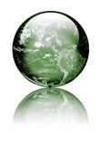 Terra como o globo do vidro verde fotografia de stock
