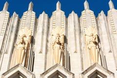 Terra - cotta rzeźby na fasadzie Boston alei Zlany kościół metodystów w Tulsa, OK obrazy stock