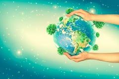 Terra da spazio in mani, globo nel migliore concetto di Internet delle mani dell'affare globale dalla serie di concetti Elementi  Fotografia Stock Libera da Diritti