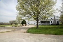 Terra dell'azienda agricola di Arthur Illnois Amish immagine stock