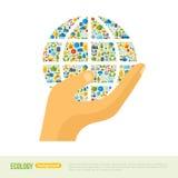 Terra della tenuta della mano con il modello delle icone di ecologia illustrazione vettoriale