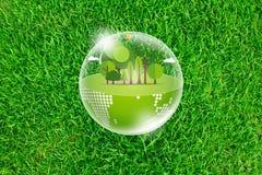 Terra di Eco sulla molla fresca Immagini Stock Libere da Diritti
