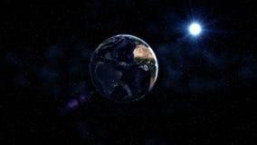Terra do planeta no universo preto e azul das estrelas Via Látea no fundo Dia e noite a cidade ilumina mudanças África e Ásia Foto de Stock