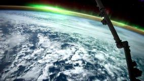Terra e Aurora Borealis dall'ISS Elementi di questo video ammobiliato dalla NASA illustrazione vettoriale