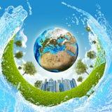 Terra, grama verde, arranha-céus e água ilustração do vetor