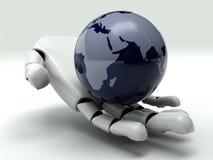 Terra in mano del robot Fotografia Stock