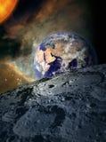 Terra nello spazio - dalla luna Fotografia Stock