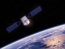 Terra orbitante satellite Fotografie Stock Libere da Diritti