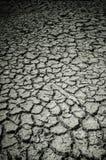Terra rachada da seca imagem de stock