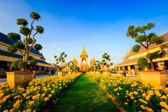 Terra real da cremação para o rei Of Thailand da passagem colocado em Sanam Luang, Banguecoque, TAILÂNDIA fotografia de stock royalty free