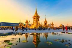 Terra real da cremação para o rei Of Thailand da passagem colocado em Sanam Luang, Banguecoque, TAILÂNDIA imagem de stock
