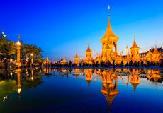 Terra real da cremação para o rei Of Thailand da passagem colocado em Sanam Luang, Banguecoque, TAILÂNDIA fotos de stock royalty free
