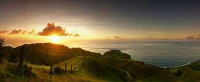 Terra Rolling Hills da grama de Vayang em Batanes Fotos de Stock Royalty Free