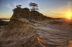 Terra stracciata al tramonto fotografie stock