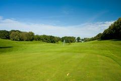 Terra teeing do golfe Fotos de Stock Royalty Free