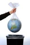 Terra in un sacchetto di rifiuti Fotografia Stock Libera da Diritti