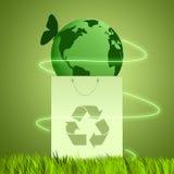 Terra verde per riciclare Fotografie Stock Libere da Diritti