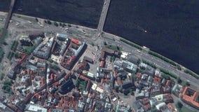 A terra zumbe dentro zumbido para fora de Riga Letónia video estoque