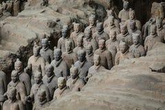 Terracota armé av den första kejsaren av Kina arkivfoton
