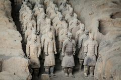 Terracotaleger van de eerste keizer van China stock afbeeldingen