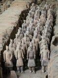 Terracotaleger van de eerste keizer van China stock fotografie