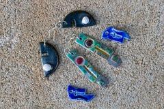 Terraglie fatte a mano di Raku degli orecchini Immagine Stock