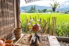 Terraglie per cucinare riso Fotografie Stock Libere da Diritti