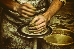 Terraglie, scultore, vasaio retro Fotografia Stock Libera da Diritti