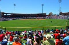 Terrain de base-ball d'entraînement printanier photo stock