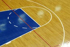 Terrain de basket images stock
